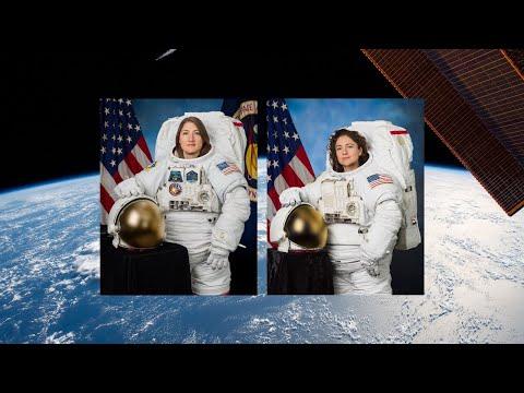 Caminata espacial de astronautas mujeres