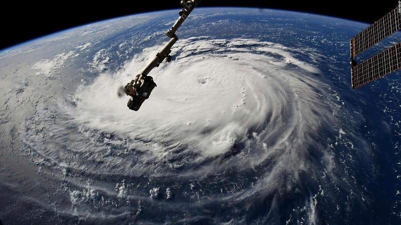 CBS News - Huracan Florence En Vivo